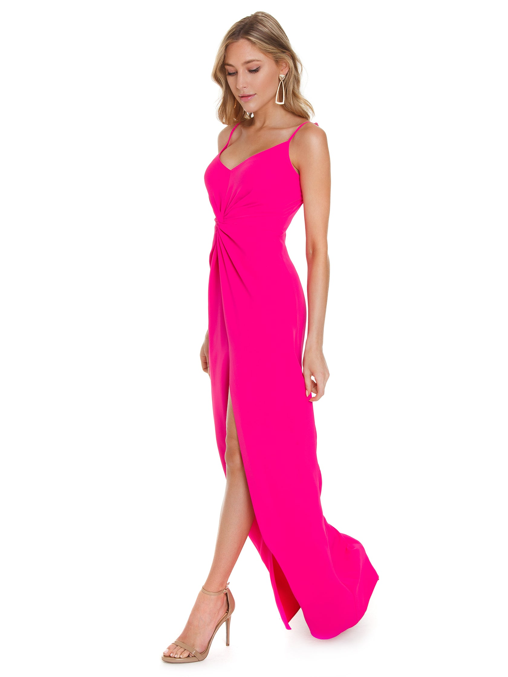 Women outfit in a dress rental from Amanda Uprichard called Ellie Maxi Dress