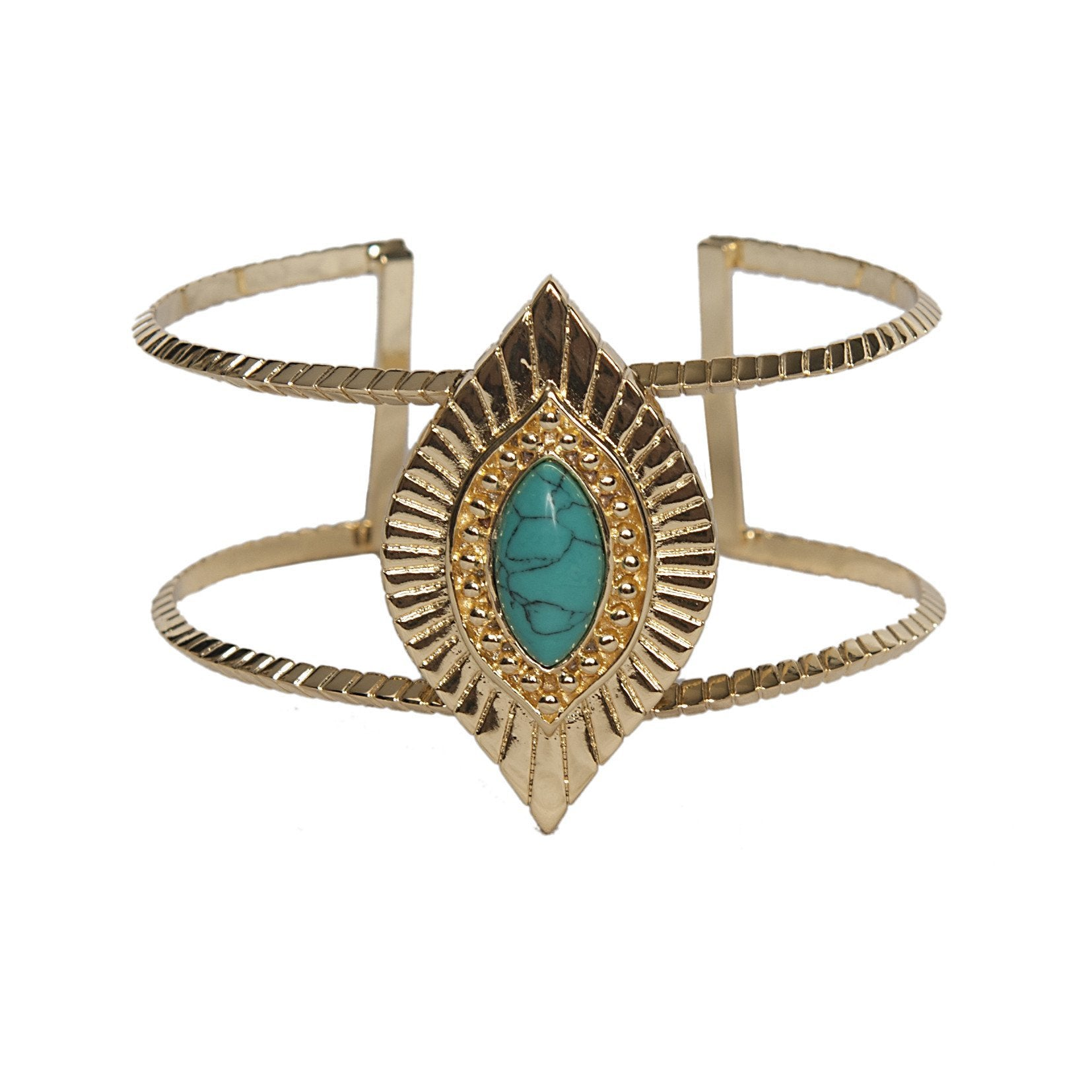 Women outfit in a bracelet rental from Ettika called Sedona Selfie Cuff Turquoise And Gold