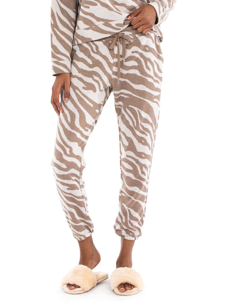 Women wearing a joggers rental from BB Dakota called Eye Of The Tiger Jogger