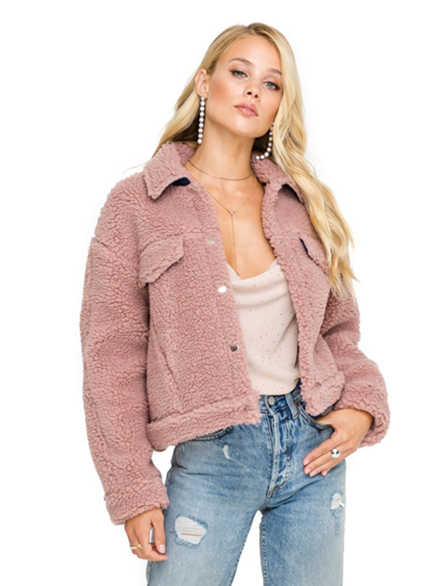 Girl outfit in a jacket rental from ASTR called Faux Shearling Trucker Jacket