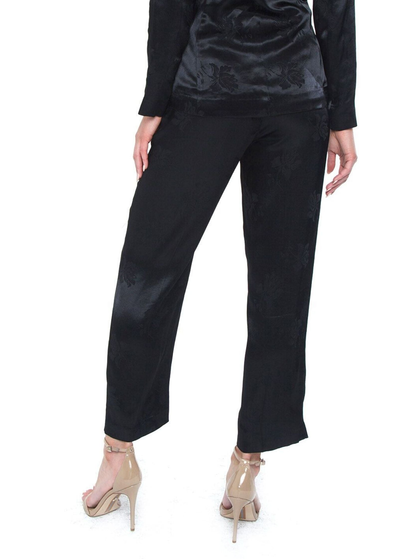 Women outfit in a pants rental from 1.STATE called Floral Jacquard Wide Leg Pant
