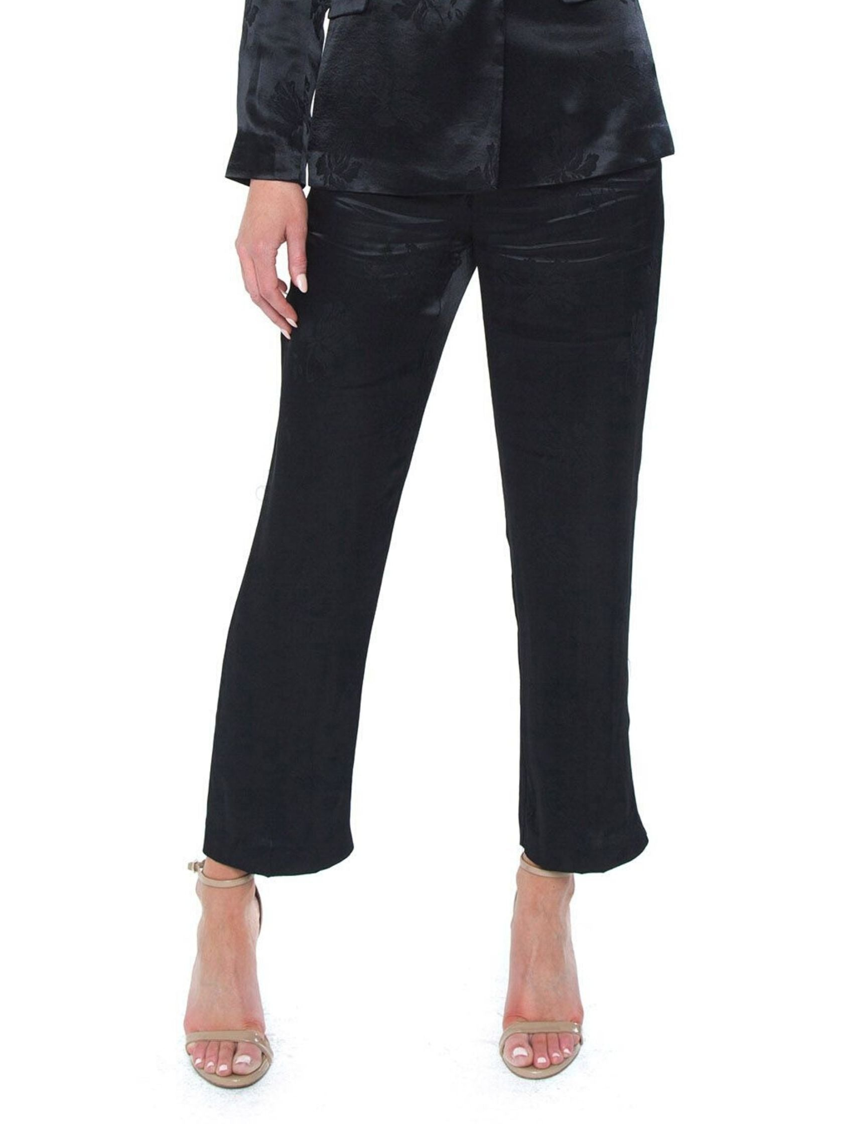 Women wearing a pants rental from 1.STATE called Floral Jacquard Wide Leg Pant