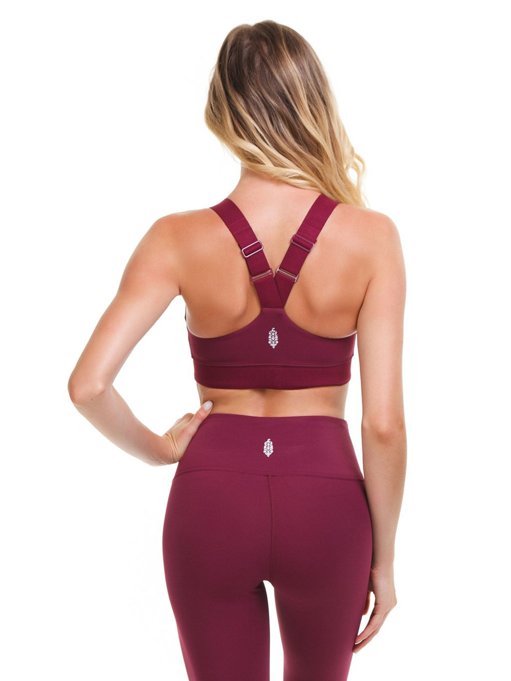 Women outfit in a sports bra rental from Free People called Freestyle Sports Bra
