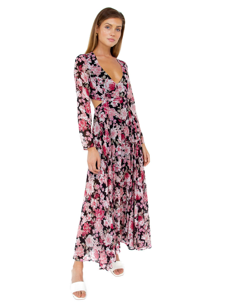 Women wearing a dress rental from BARDOT called Garden Floral Dress