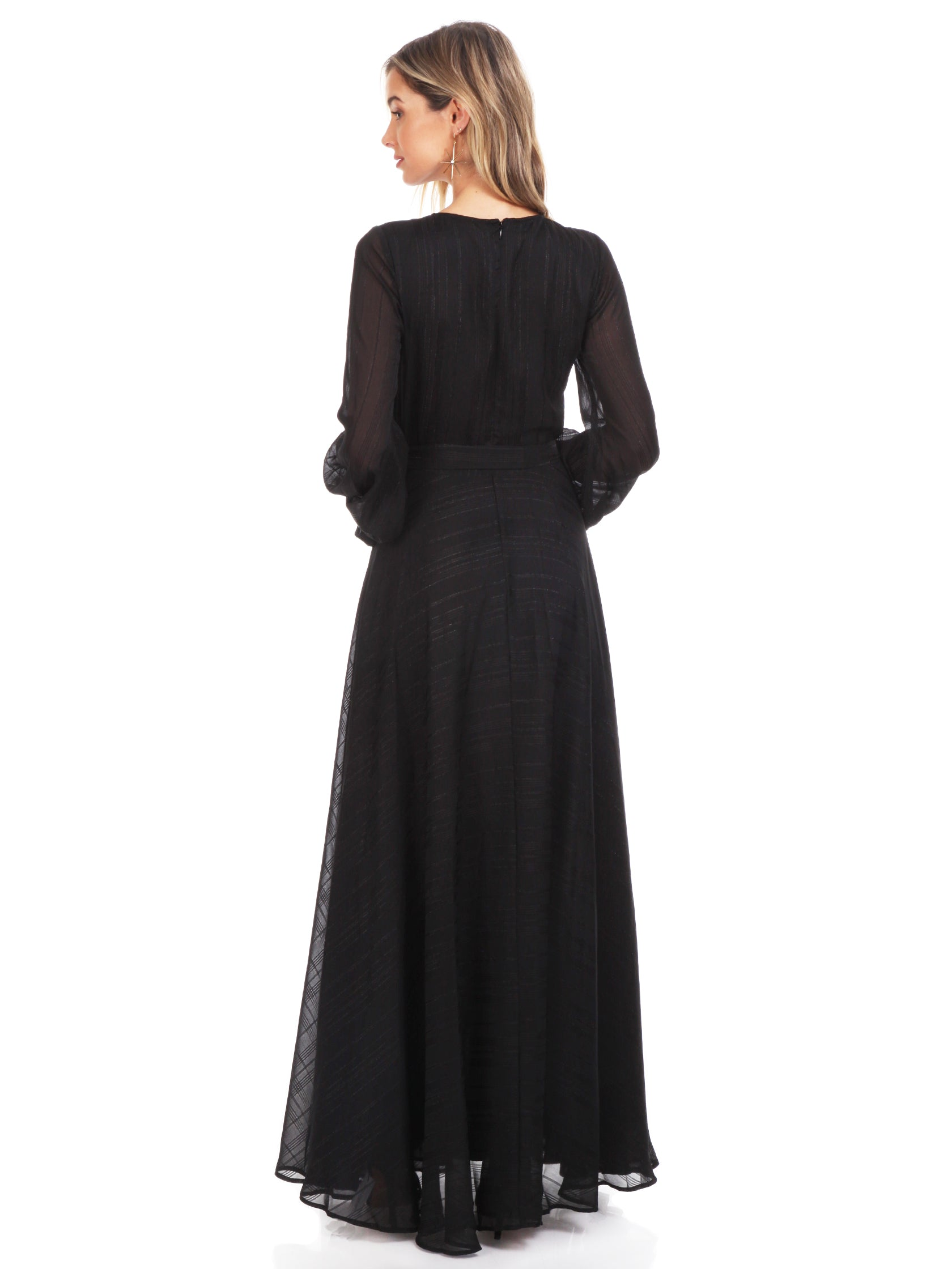 Women wearing a dress rental from YUMI KIM called Giselle Maxi Dress