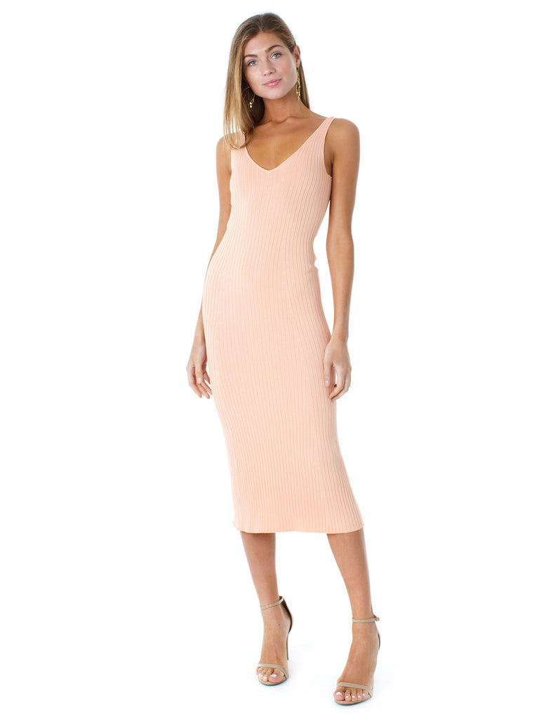 Women outfit in a dress rental from Line & Dot called Hepburn High Rise Wide Leg