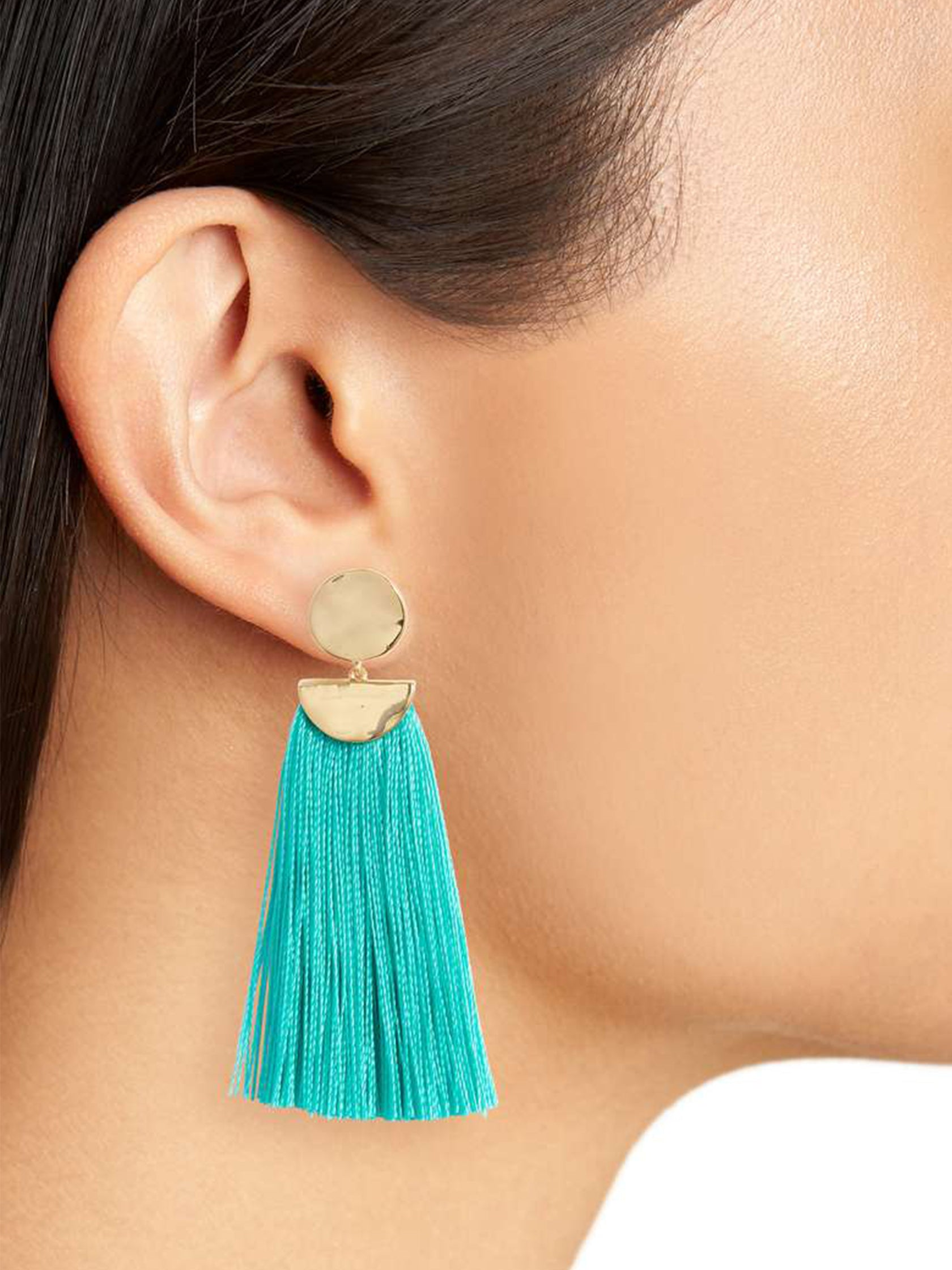 Girl outfit in a earrings rental from Gorjana called Havana Circle Tassel Earrings