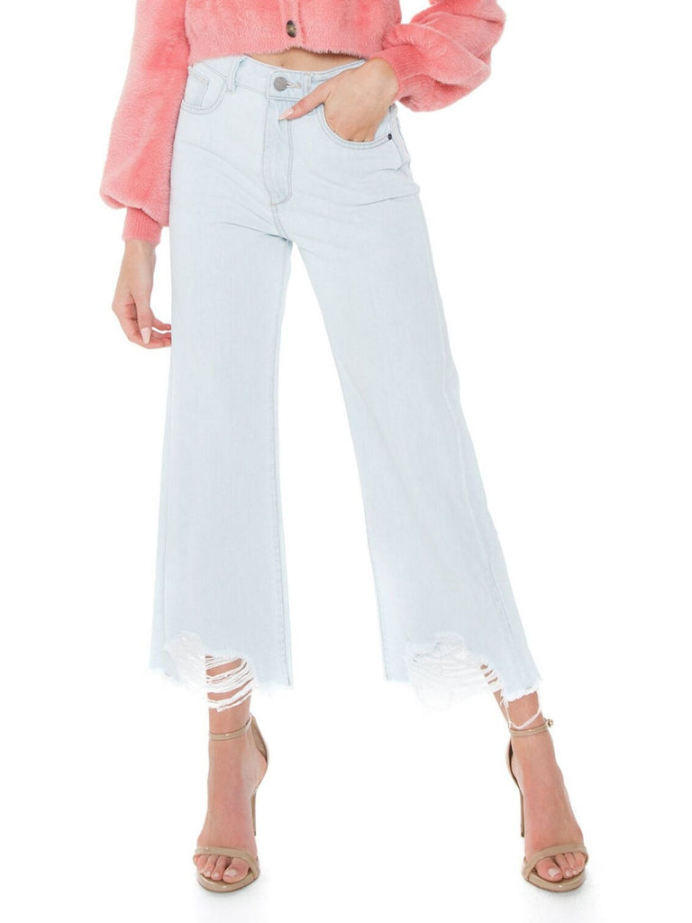 Women outfit in a denim rental from DL1961 called Archie Trousers