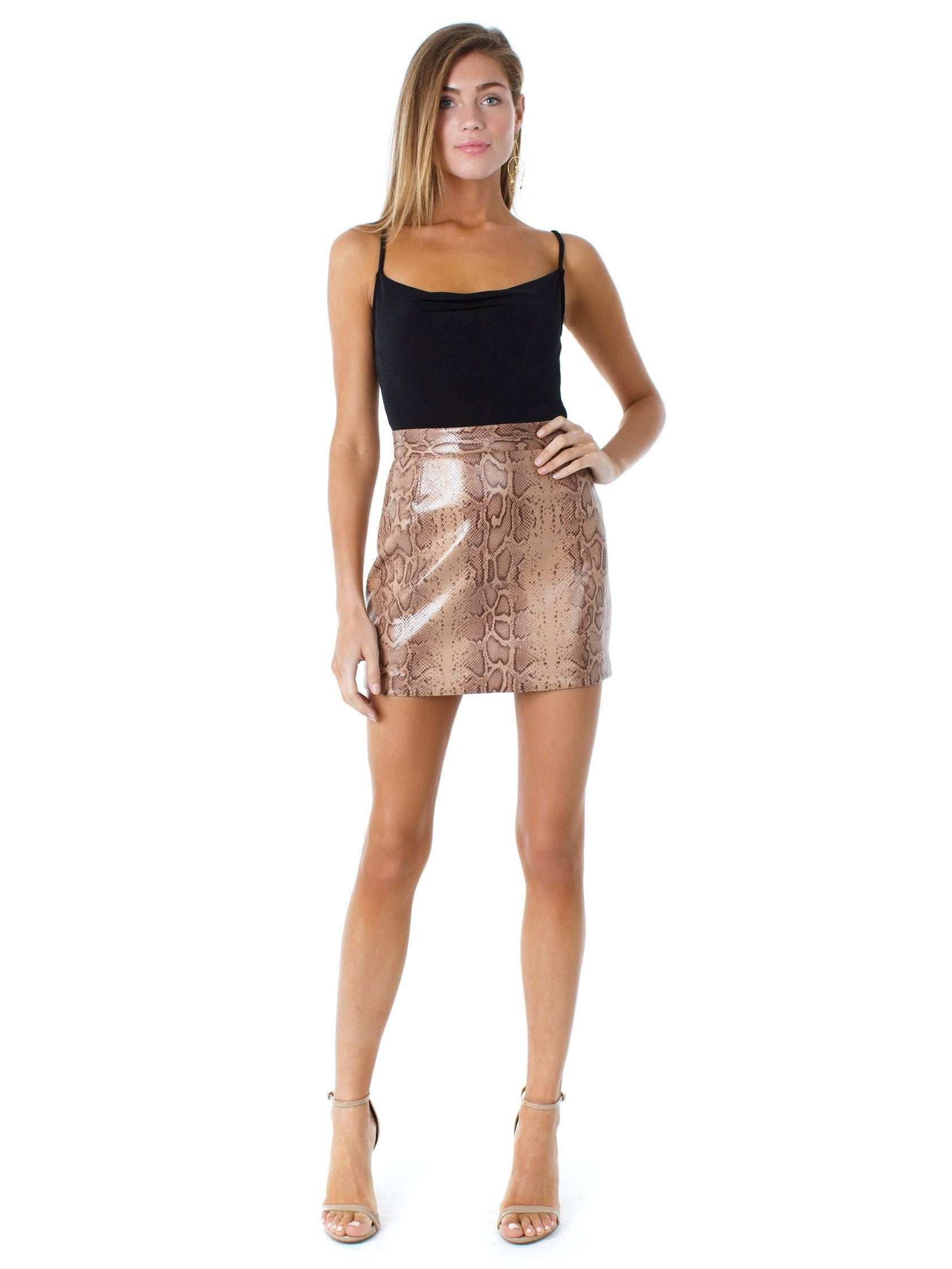 Girl wearing a skirt rental from BB Dakota called Hissy Fit