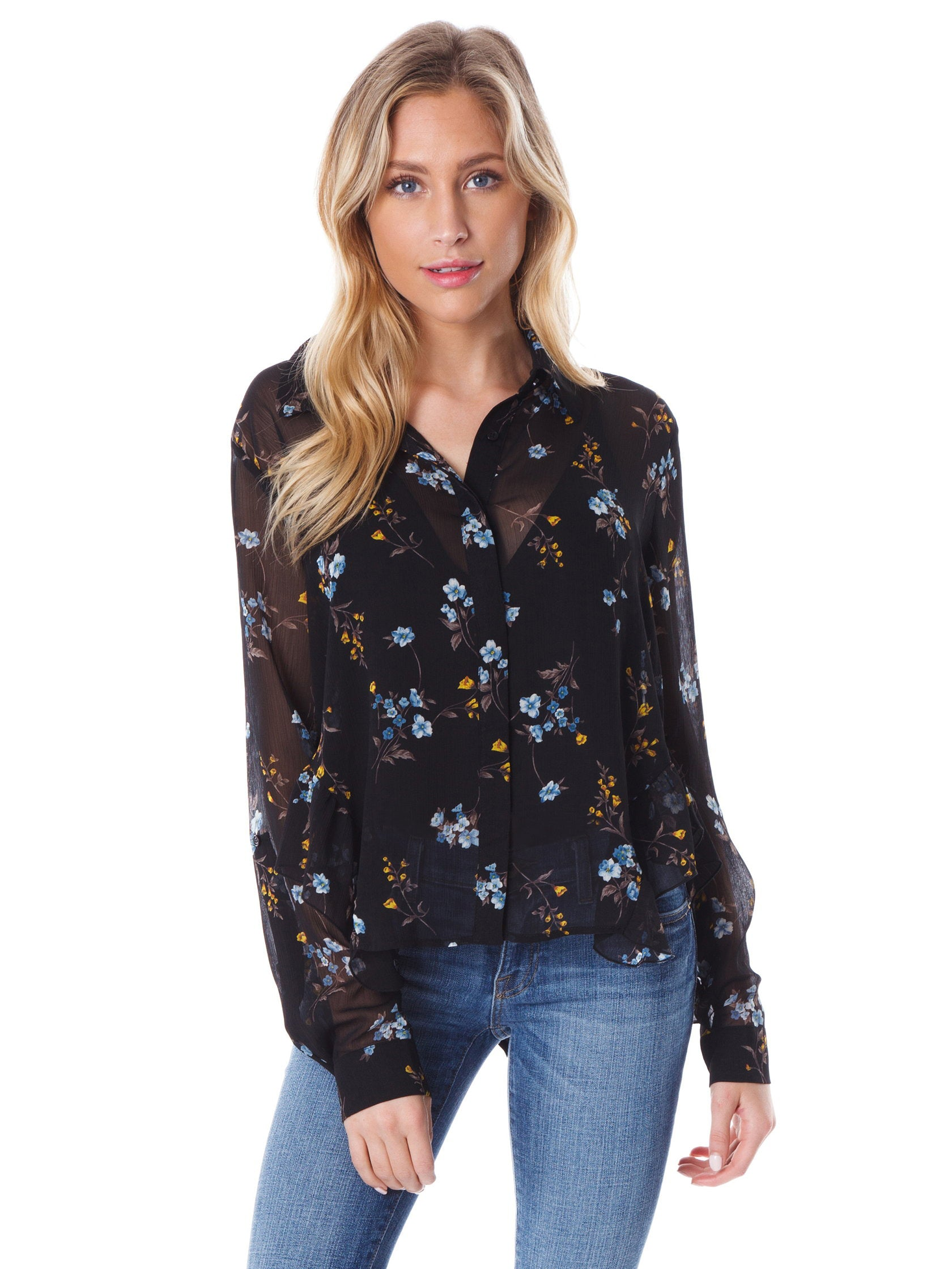 Woman wearing a top rental from FashionPass called In Full Bloom Blouse