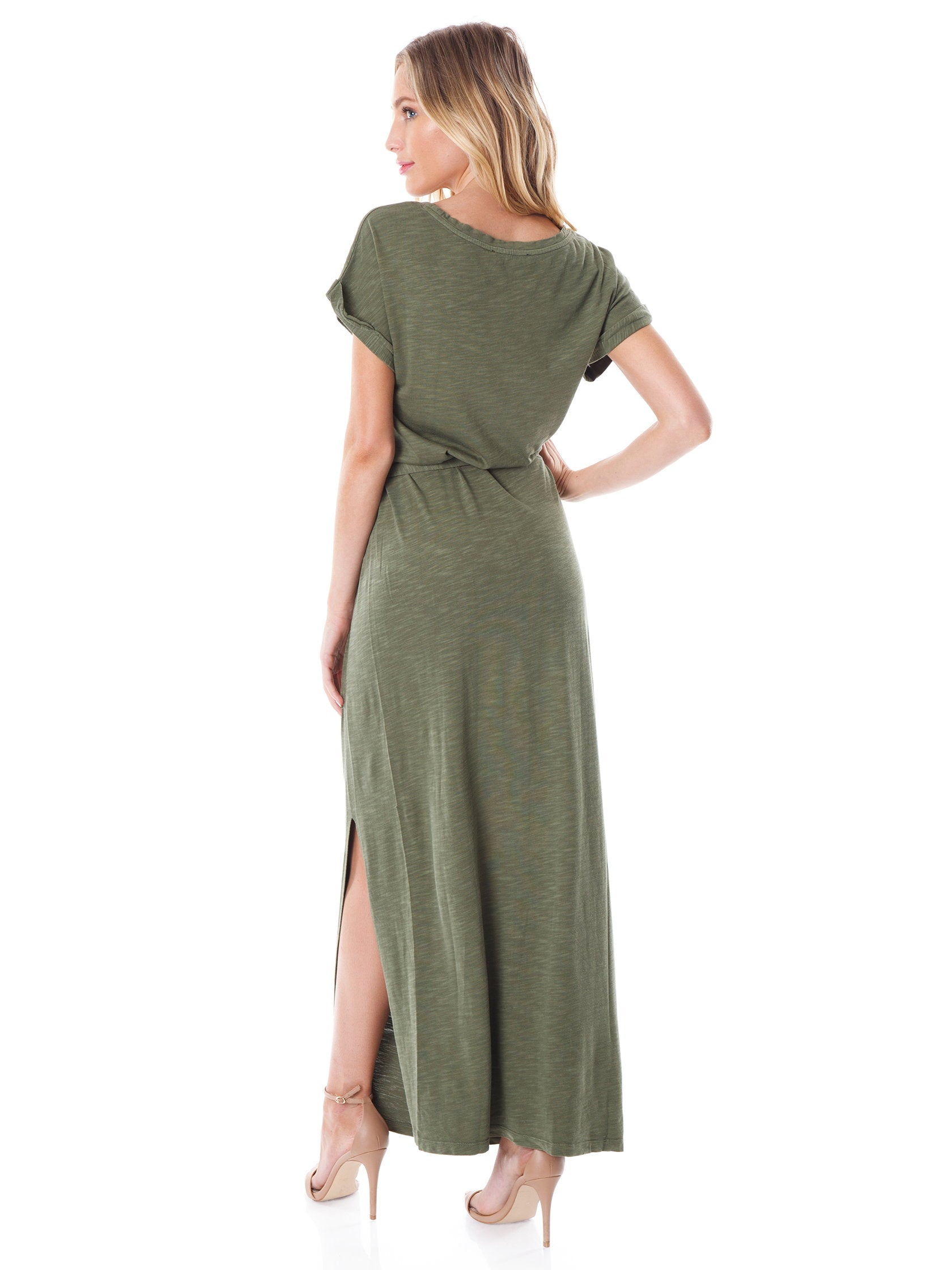 Women wearing a dress rental from SANCTUARY called Isle T-shirt Maxi Dress