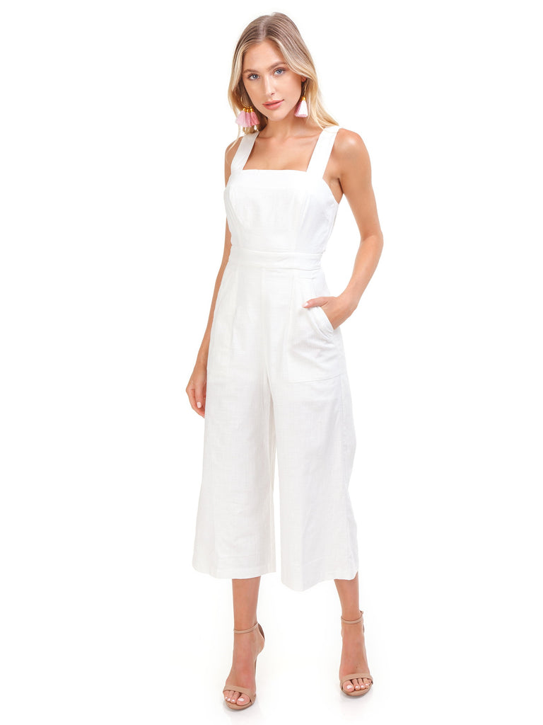 Women outfit in a jumpsuit rental from ASTR called Dance Till Dawn Romper