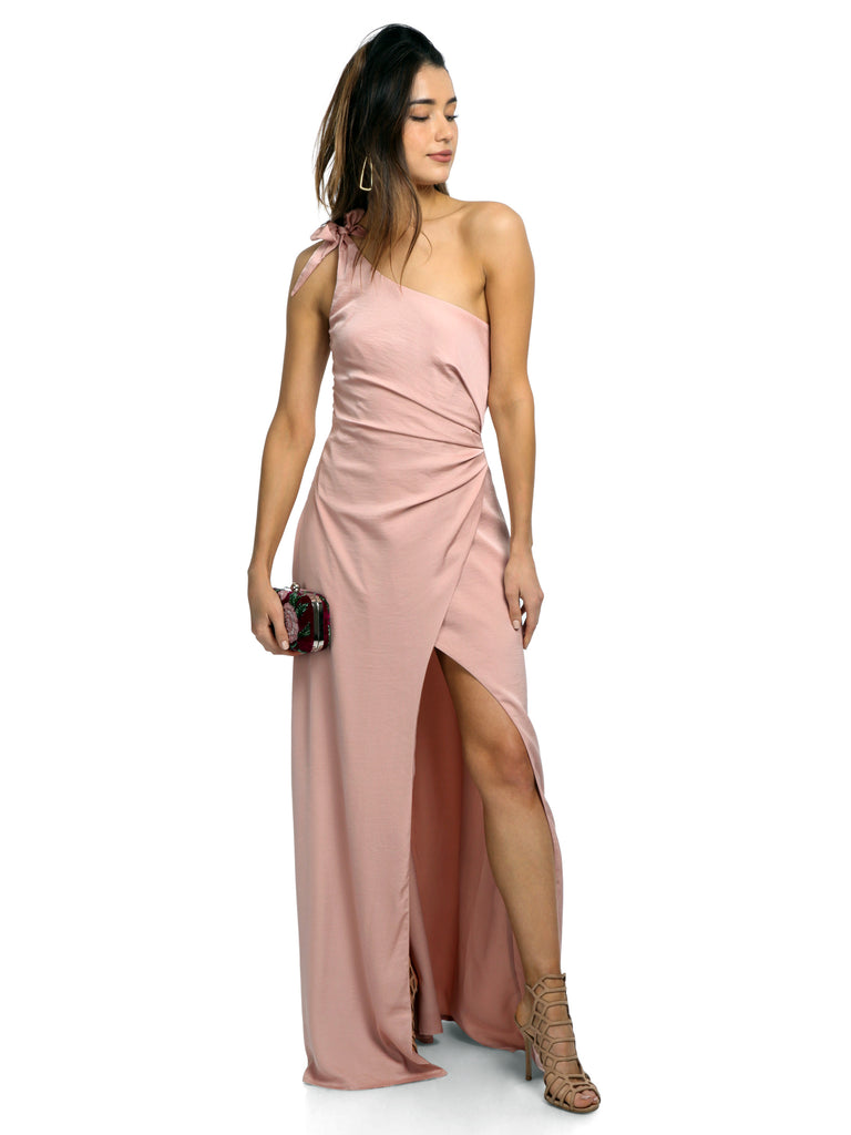Women outfit in a dress rental from STYLESTALKER called Gwyneth Ruffle Maxi Dress