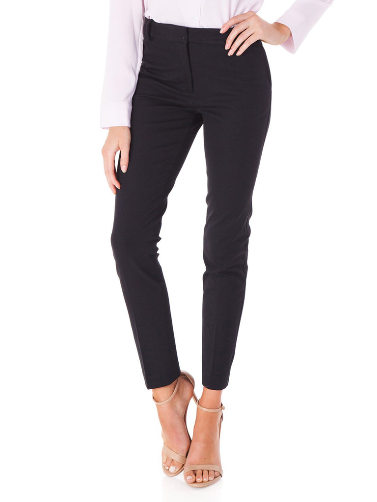 Women wearing a pants rental from 1.STATE called 2-way Stretch Twill Pants