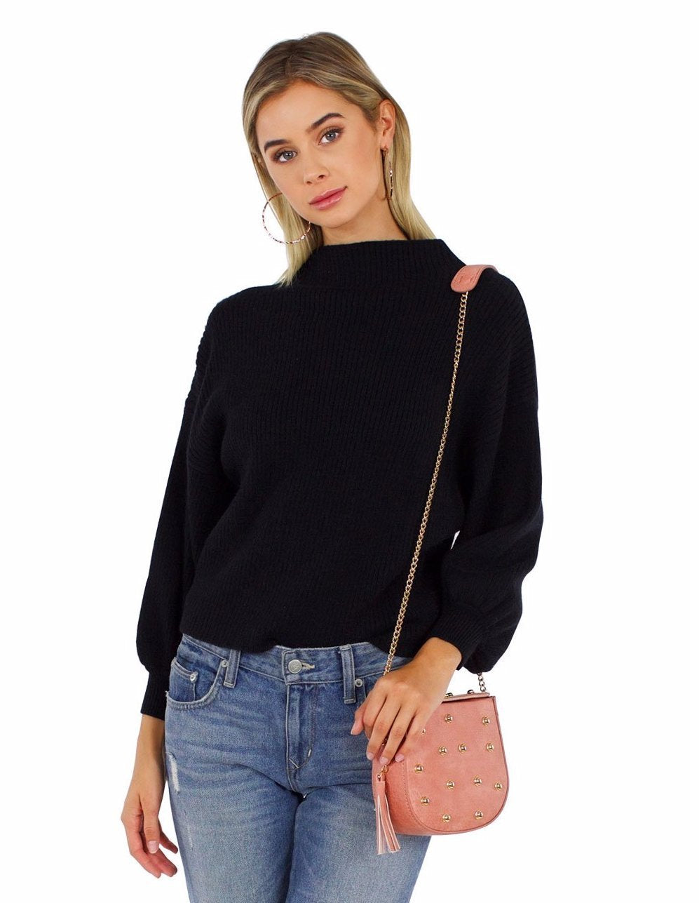 Girl outfit in a top rental from Line & Dot called Balloon Sleeve Pullover Sweater