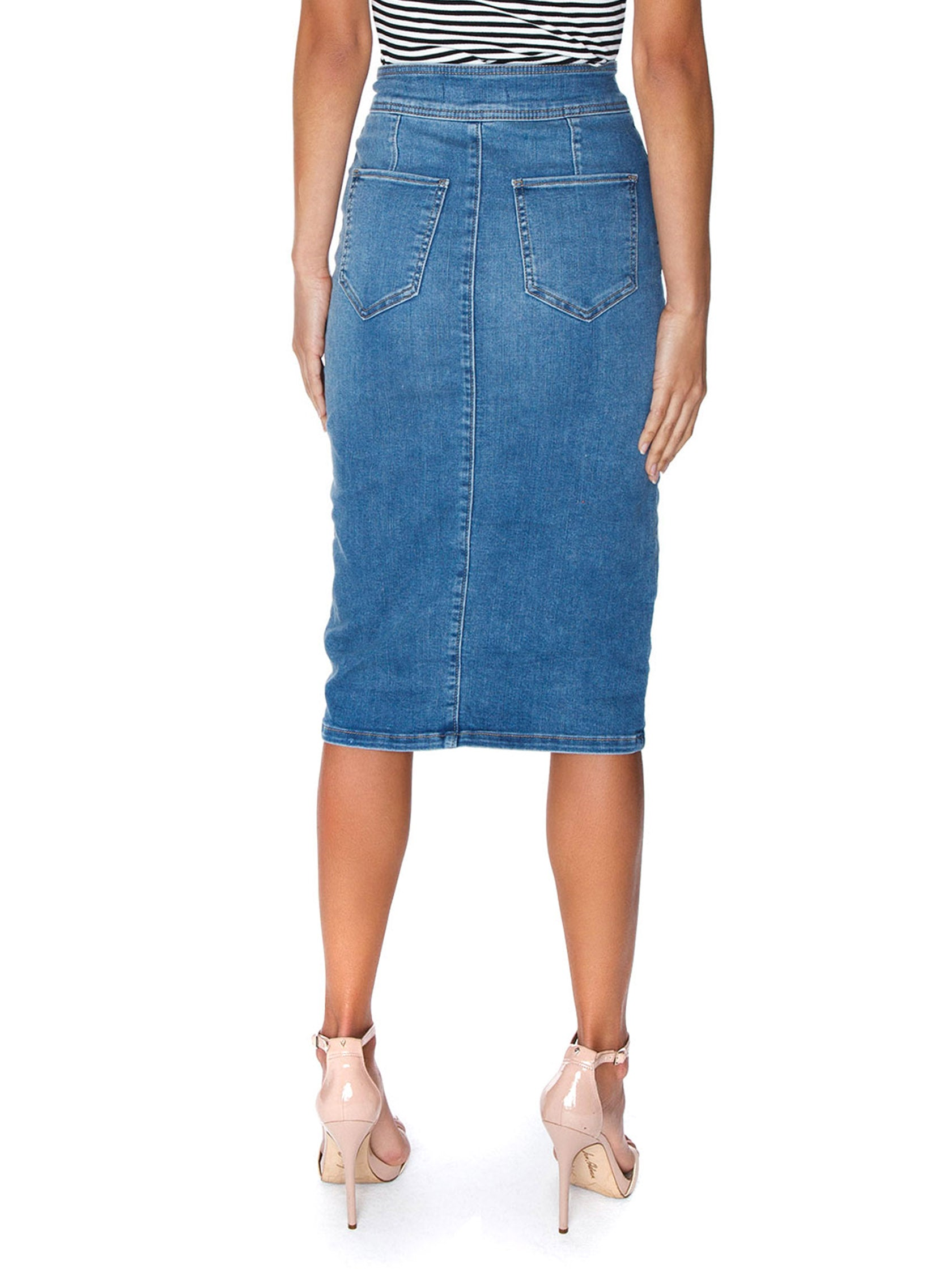 Women outfit in a skirt rental from Free People called Maddie Denim Midi Skirt