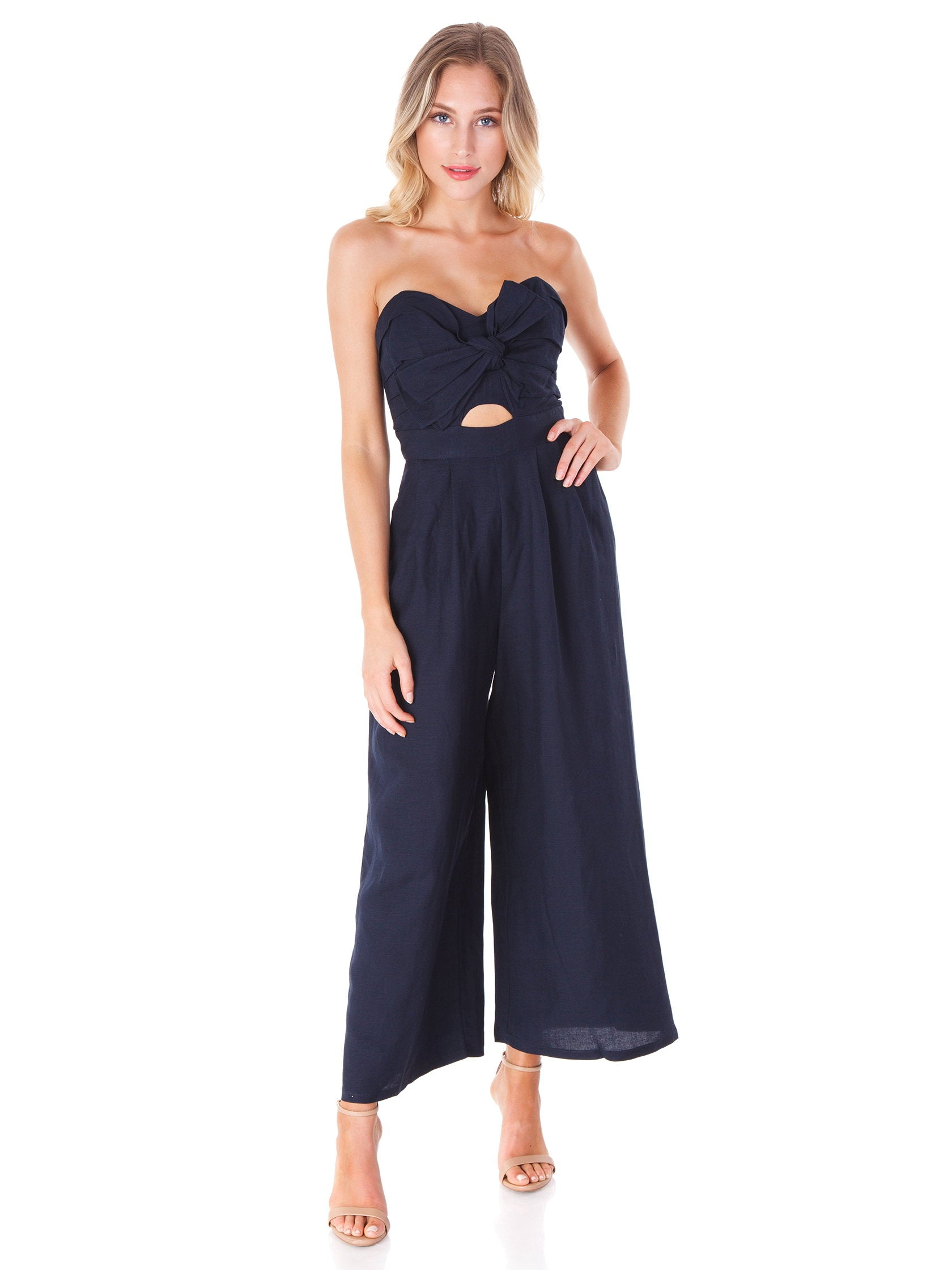 Women outfit in a jumpsuit rental from ASTR called Mara Jumpsuit