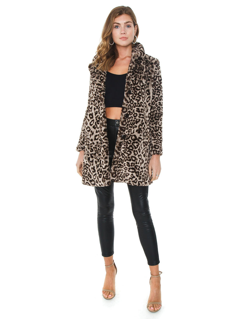 Women outfit in a jacket rental from BB Dakota called Heidi Faux Fur Jacket