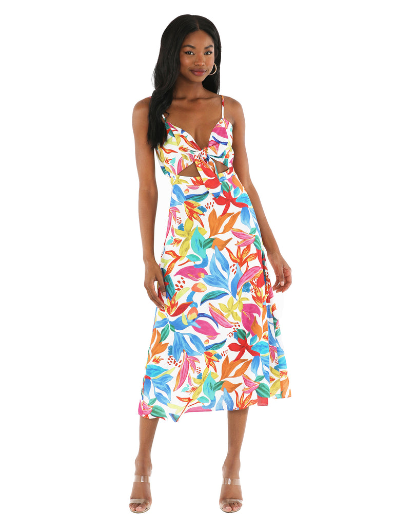 Women outfit in a dress rental from Show Me Your Mumu called So Smitten Dress