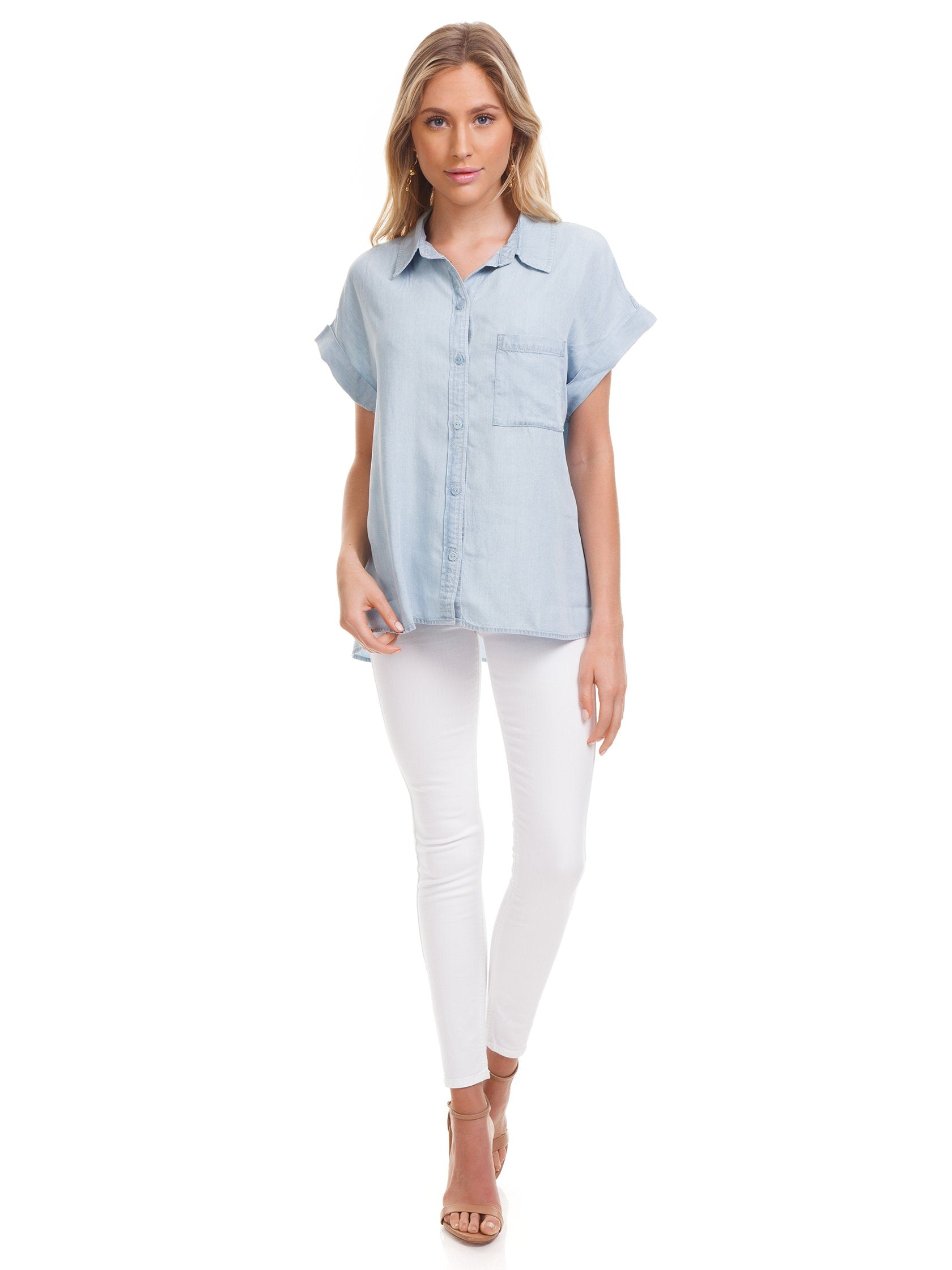 Girl wearing a top rental from SANCTUARY called Mod Short Sleeve Boyfriend Shirt