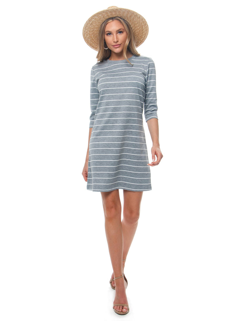 Women outfit in a dress rental from BB Dakota called Heirloom Long Sleeve Raglan Shirttail Dress