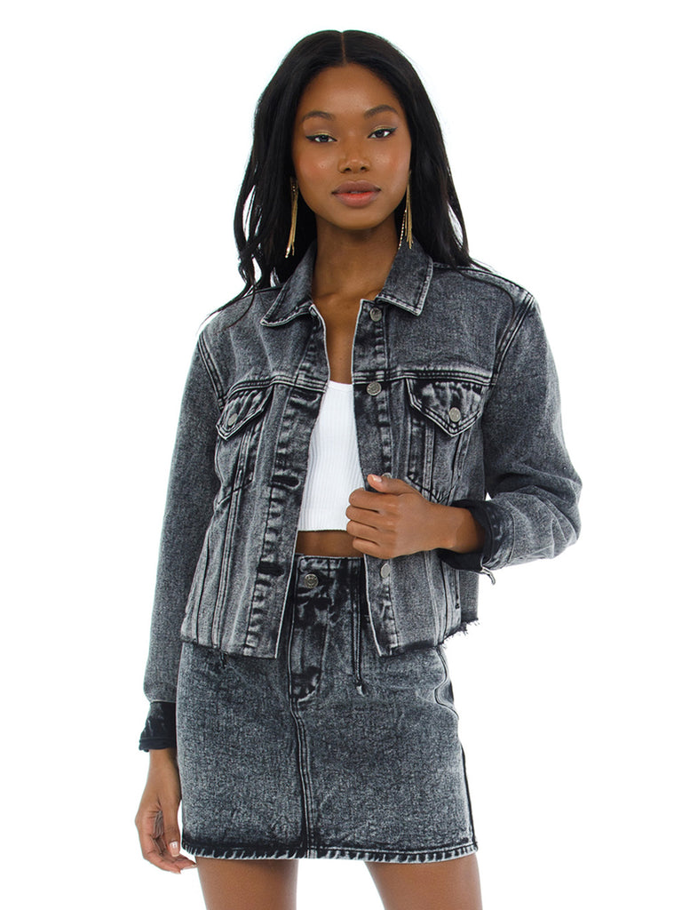 Women wearing a jacket rental from PISTOLA called Naya Cropped Boyfriend Denim Jacket