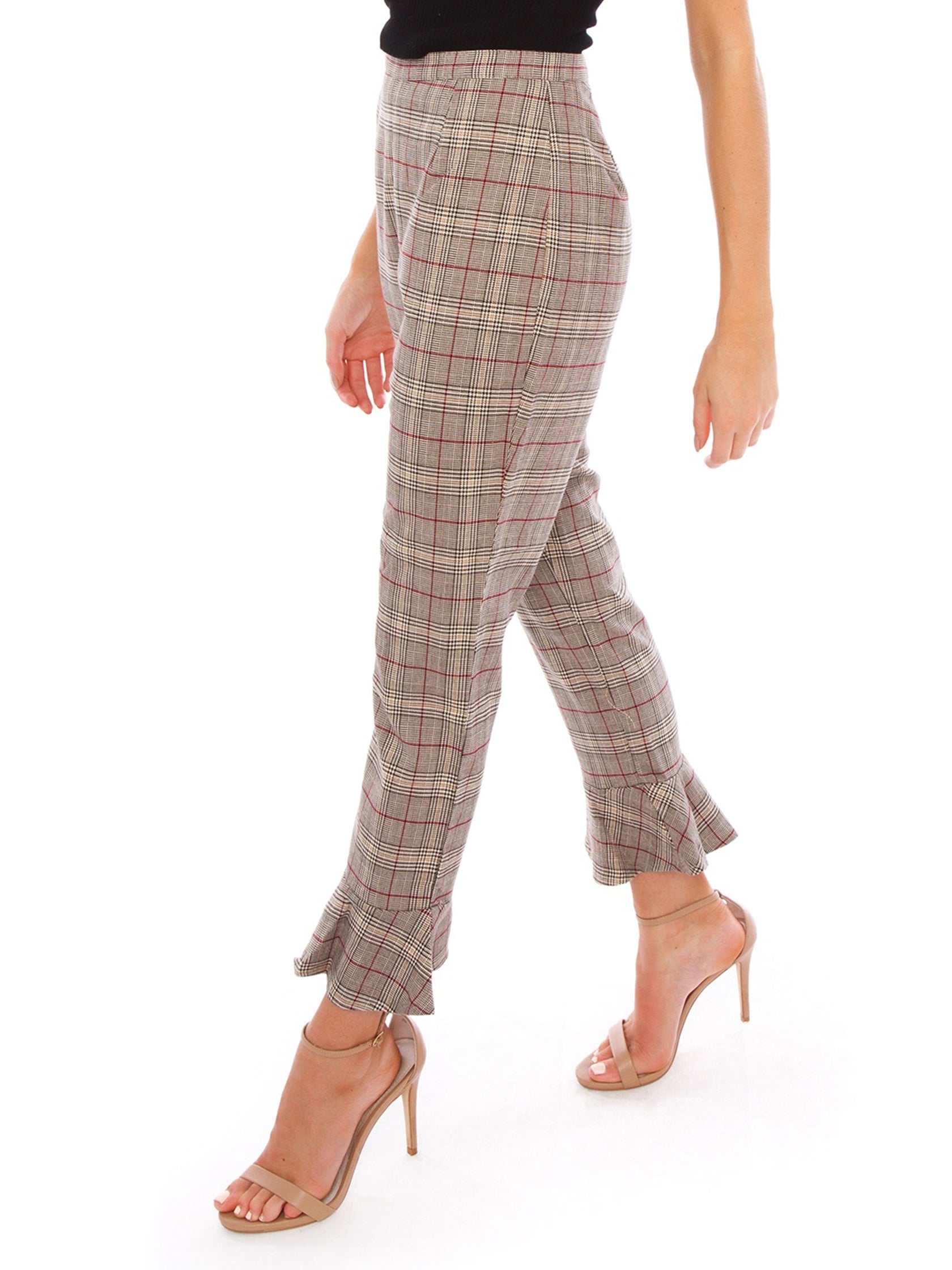 Women wearing a pants rental from BB Dakota called New Wave Pant