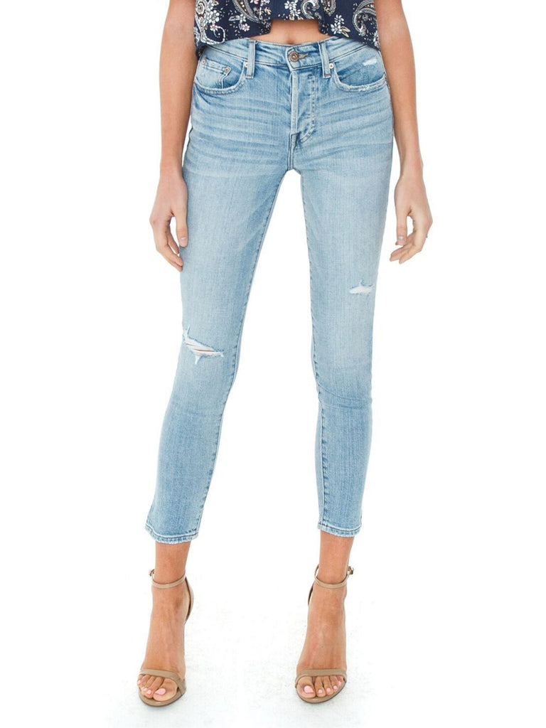 Women outfit in a denim rental from PISTOLA called Aline High Rise Skinny Jeans