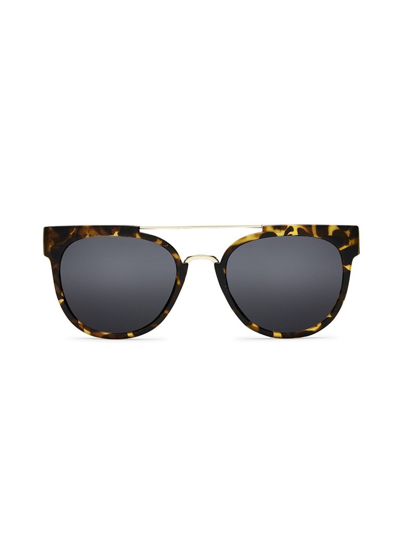450b1621ed68 Girl outfit in a sunglasses rental from Quay Australia called Odin Tortoise  Sunglasses