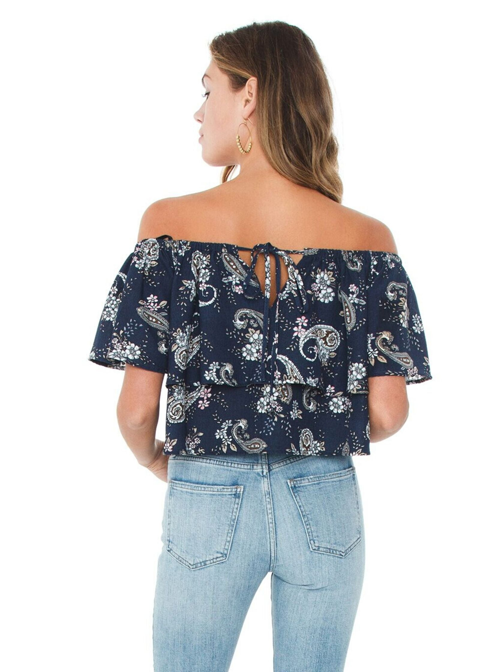Women outfit in a top rental from J.O.A. called Off Shoulder Top