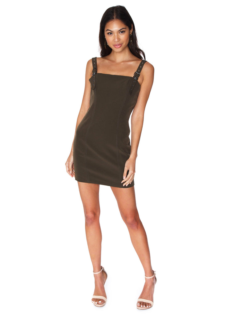 Women outfit in a dress rental from FLETCH called Brynn Deep Plunge Dress