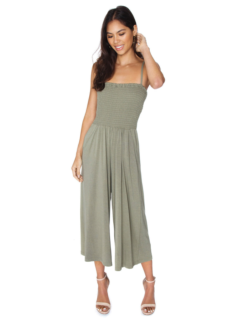 Girl wearing a jumpsuit rental from BB Dakota called Laurel Canyon Drawstring Top