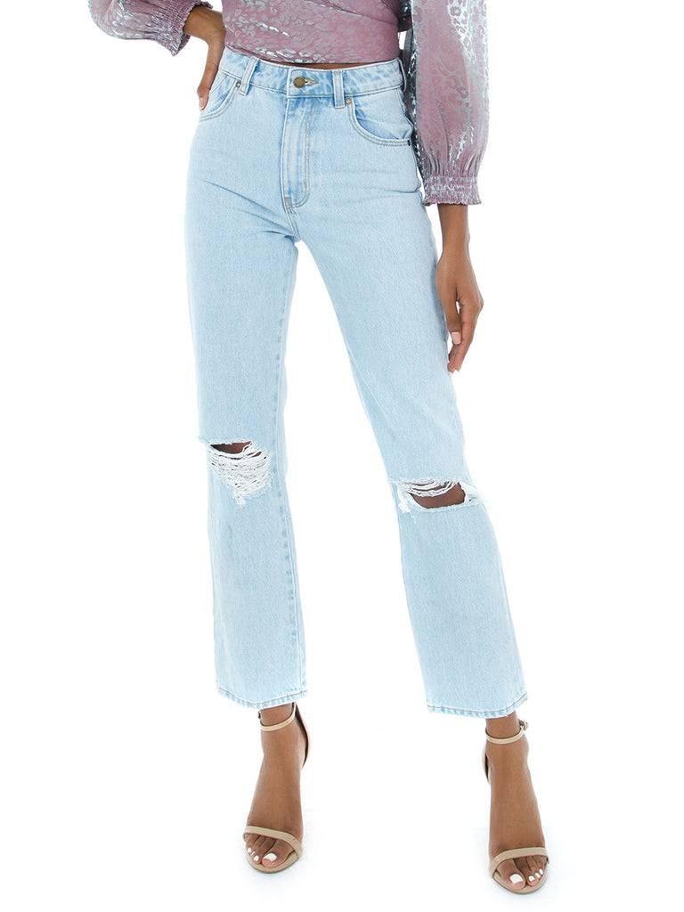 Girl outfit in a denim rental from ROLLAS called Cropped Farah Trouser