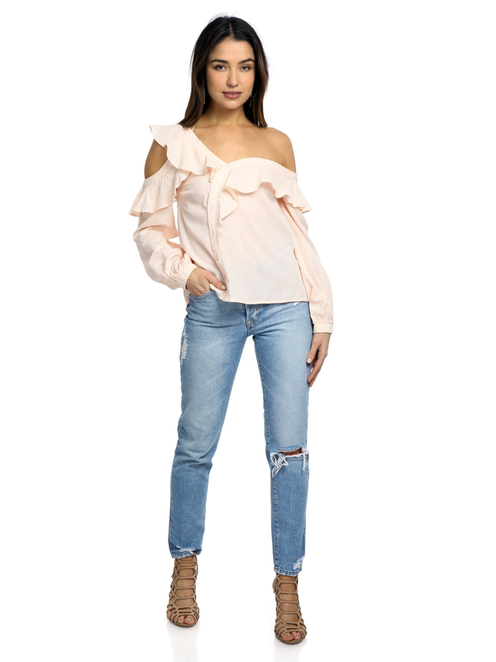 Girl outfit in a top rental from ASTR called Paige Off The Shoulder Blouse