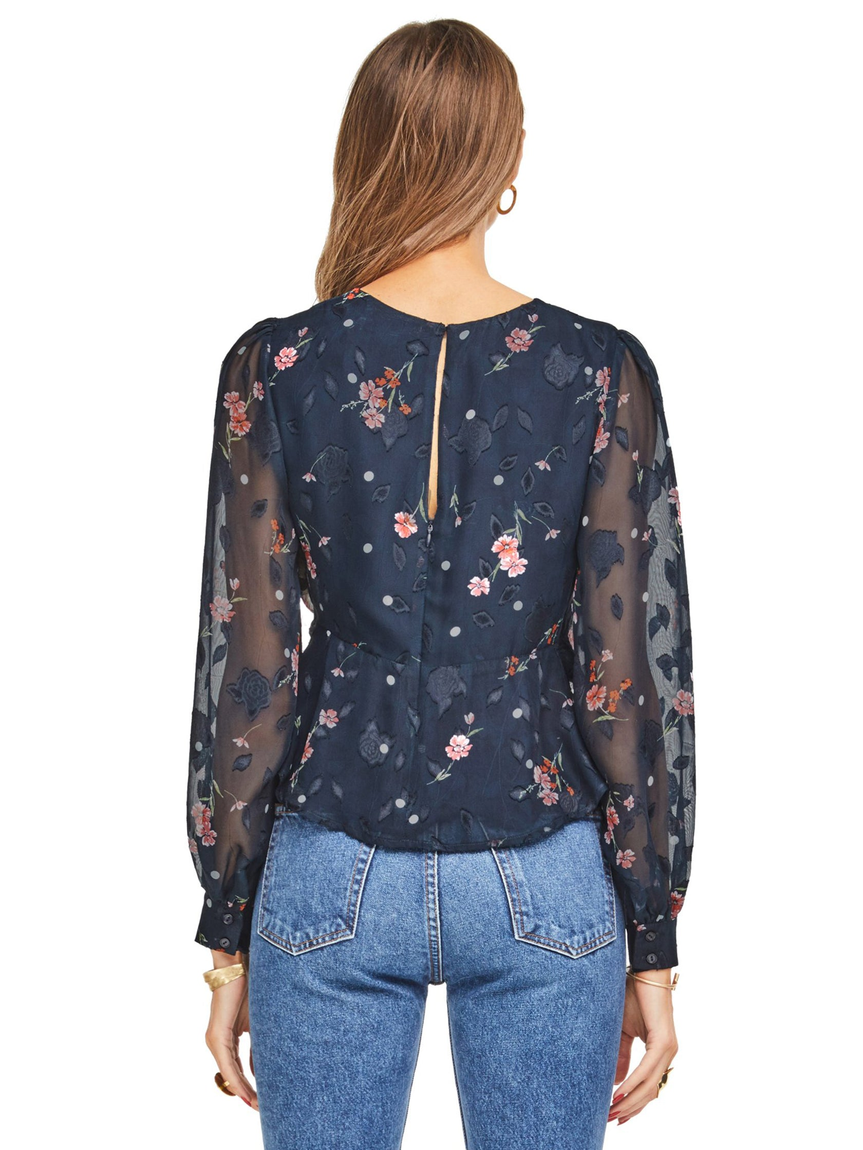 Women outfit in a top rental from ASTR called Paisley Top