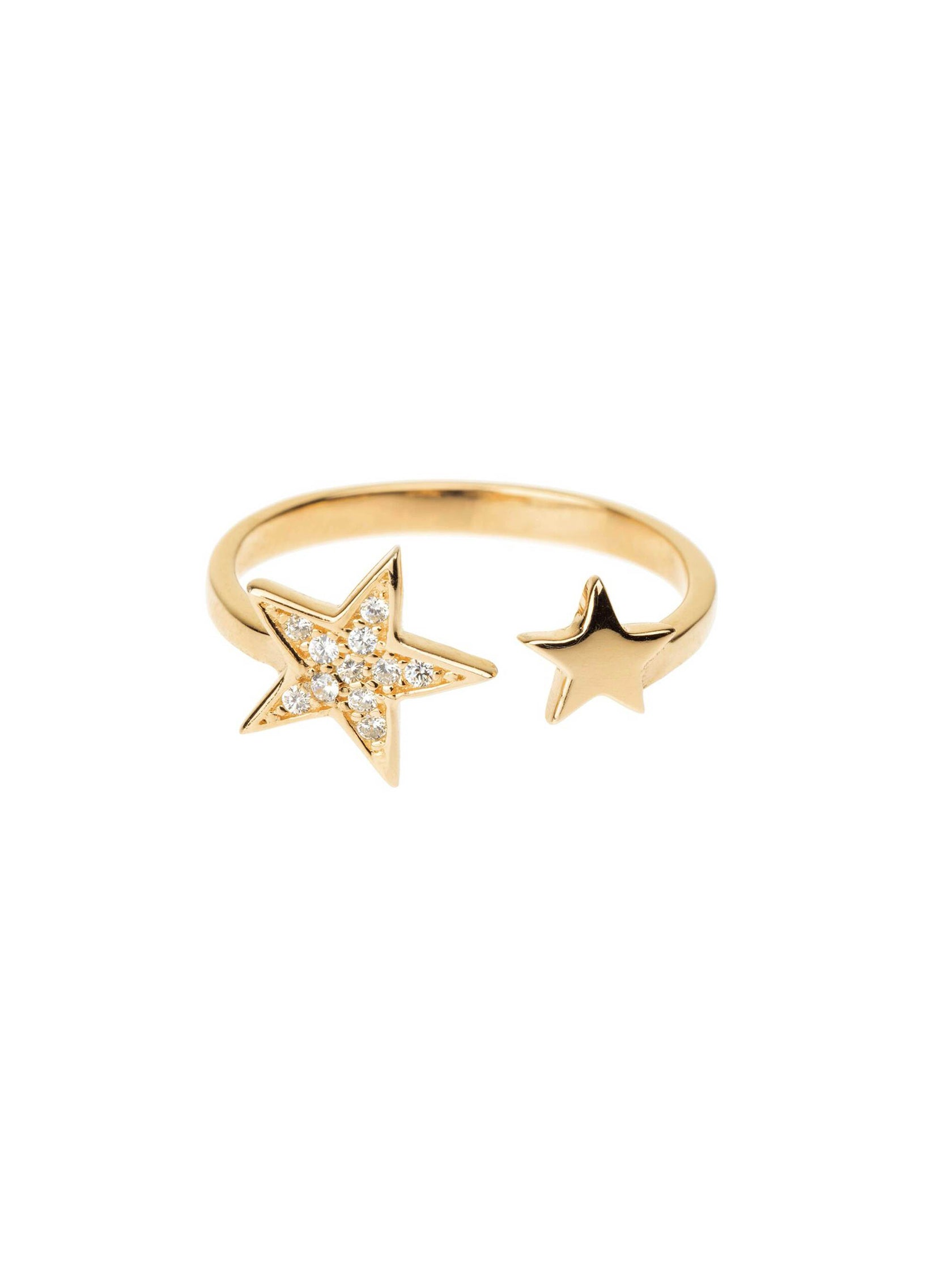 Women outfit in a ring rental from Shashi called Pave Star Adjustable Ring