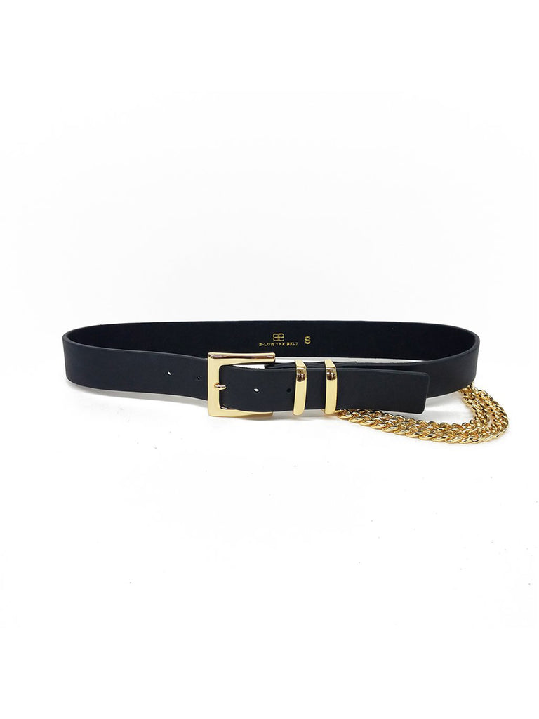 Girl wearing a belt rental from B-LOW THE BELT called Small Taner Bar Necklace