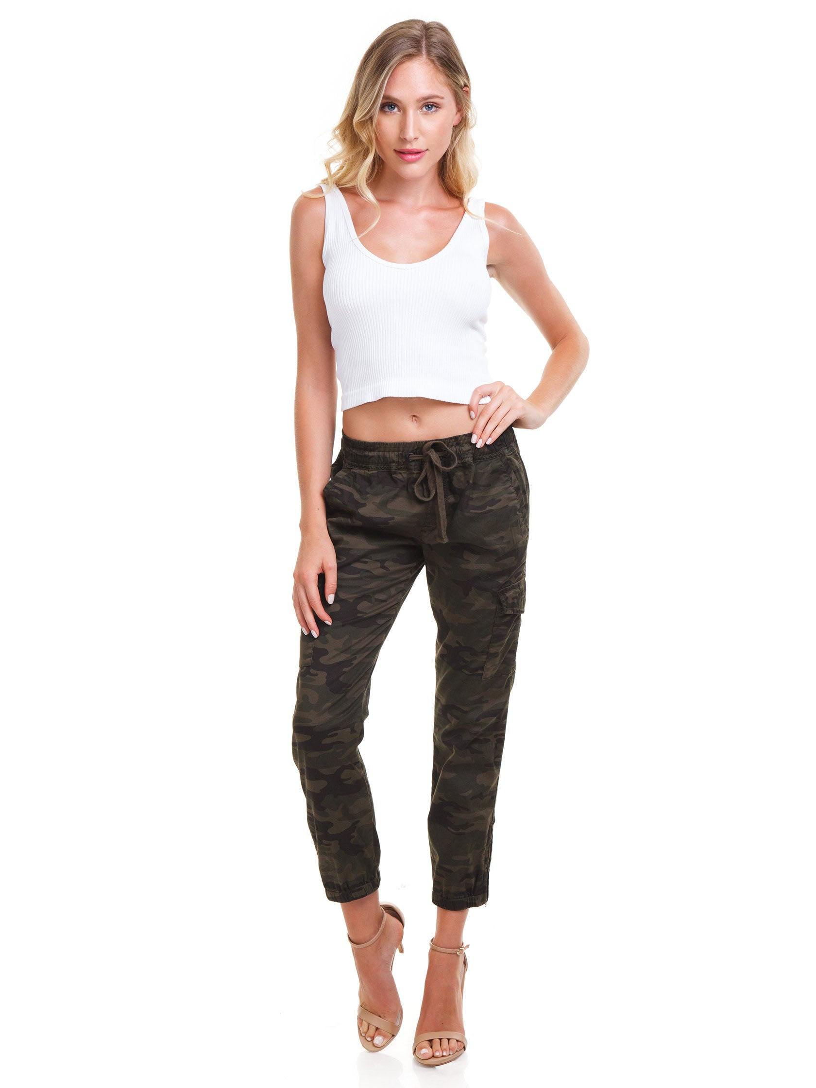 Girl wearing a pants rental from SANCTUARY called Pull On Trooper Pant