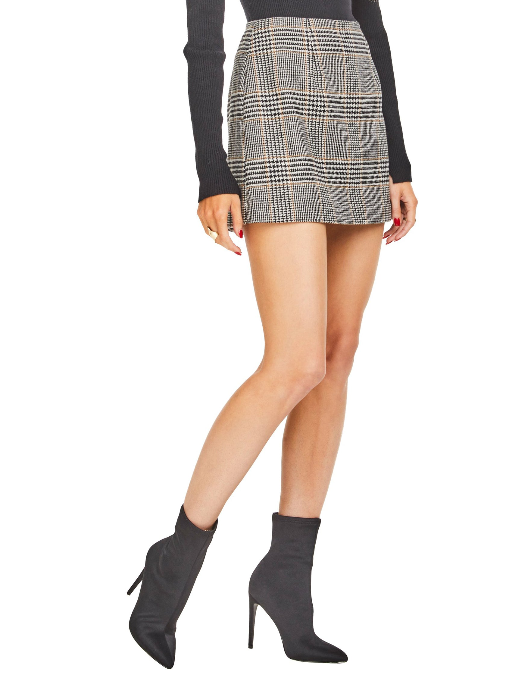 Women wearing a skirt rental from ASTR called Raye Skirt