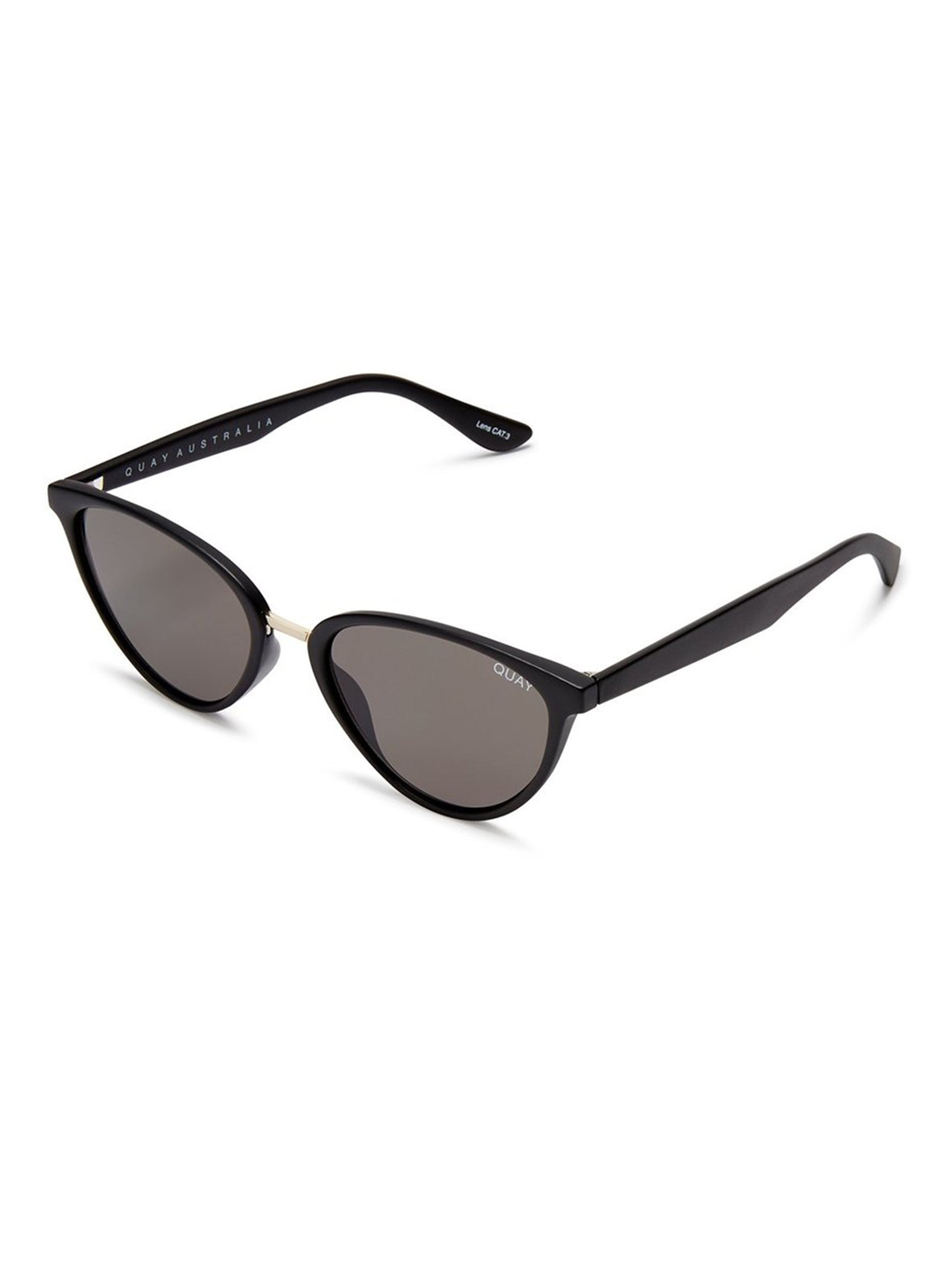 Woman wearing a sunglasses rental from Quay Australia called Rumours 57mm Sunglasses