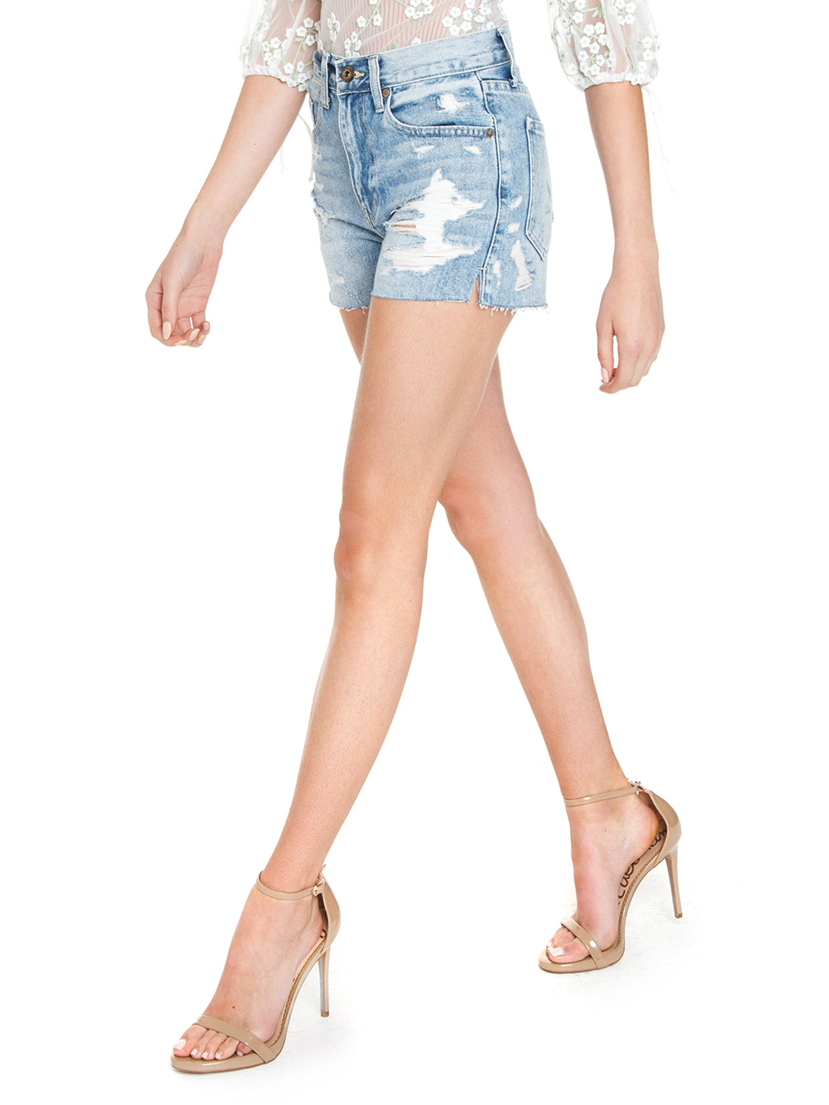 Women wearing a shorts rental from PISTOLA called Santa Fe Shorts