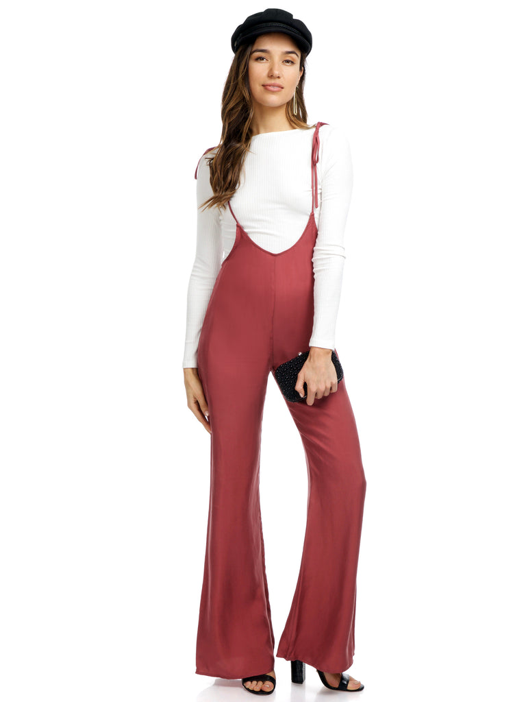 Women outfit in a jumpsuit rental from FashionPass called Sunrise Crop Top