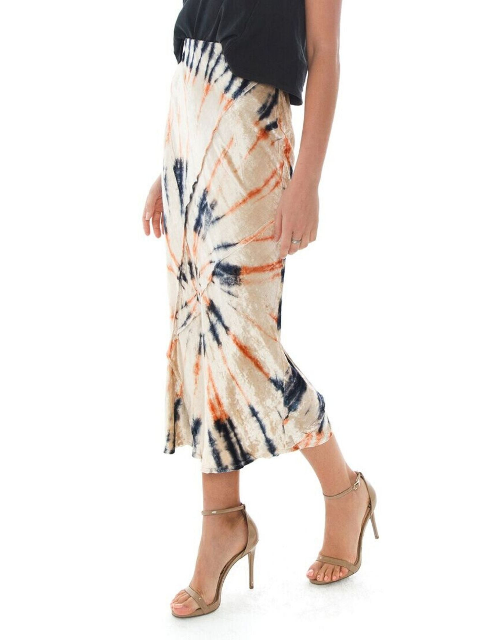 Women wearing a skirt rental from Free People called Serious Swagger Tie Dye Skirt