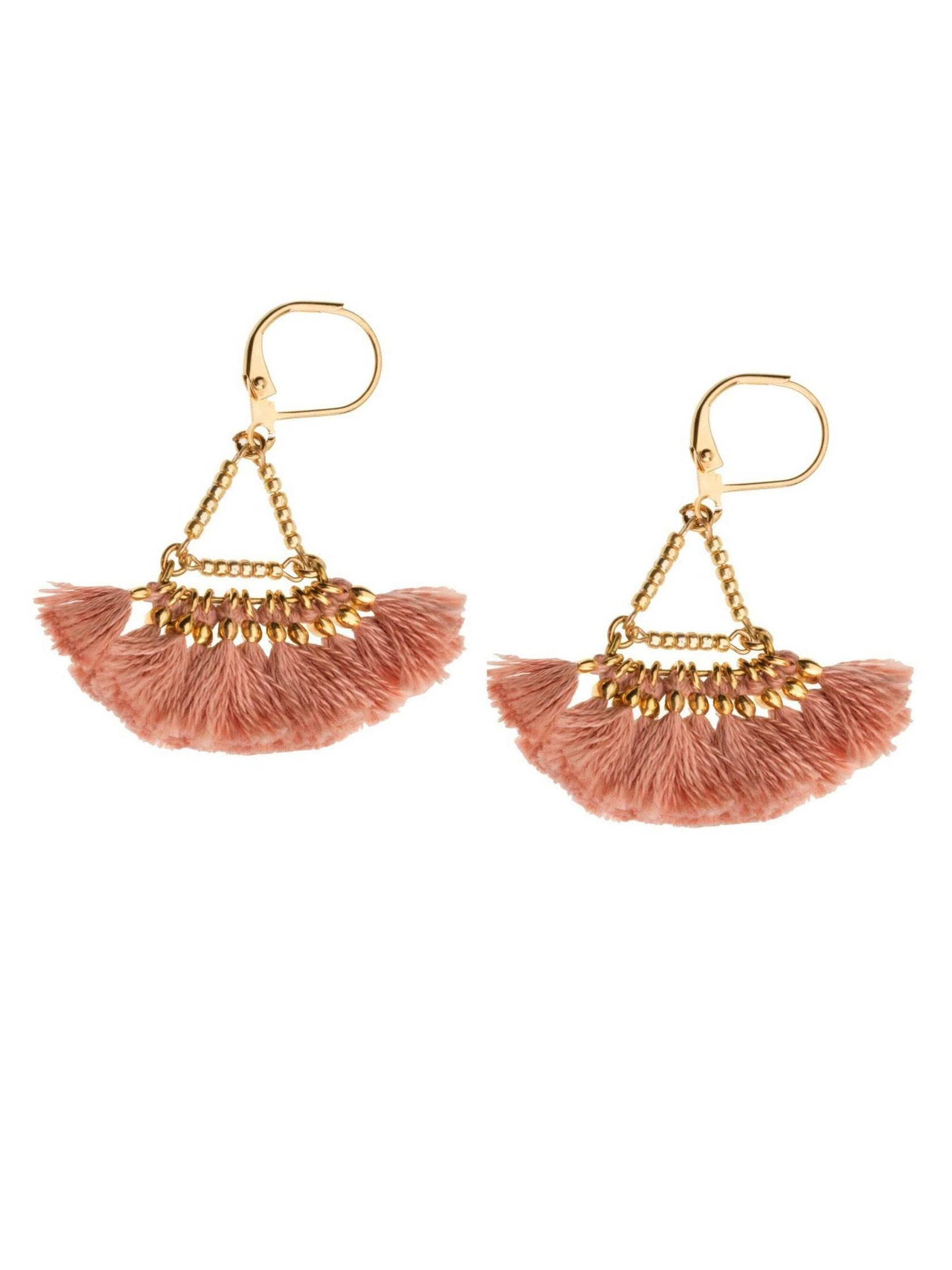 Girl wearing a earrings rental from Shashi called Lilu Tassel Earring