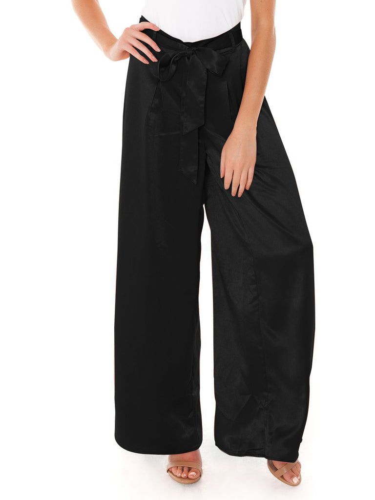 Women wearing a pants rental from BB Dakota called Laurel Canyon Drawstring Top