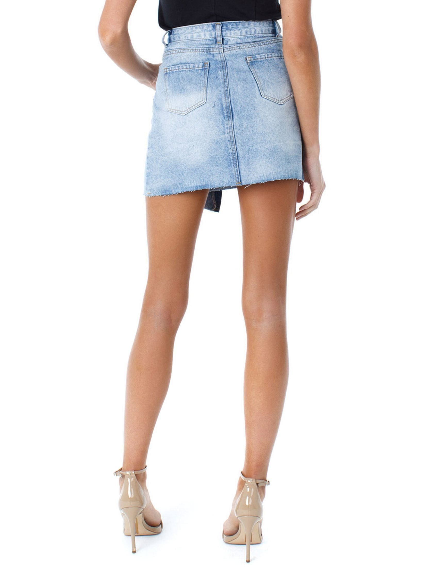 Women outfit in a skirt rental from SAGE THE LABEL called Summer Nights Mini Skirt