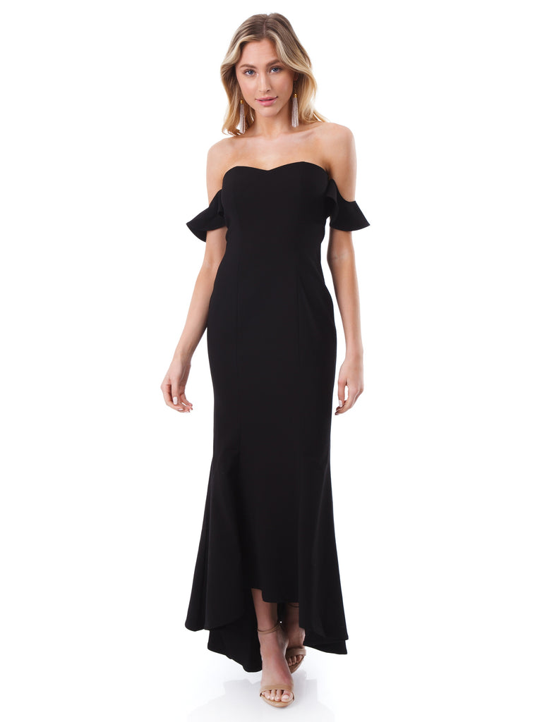 Women outfit in a dress rental from LIKELY called Carmen Maxi Dress