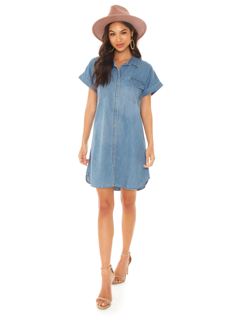 Girl wearing a dress rental from SANCTUARY called Mod Short Sleeve Boyfriend Shirt
