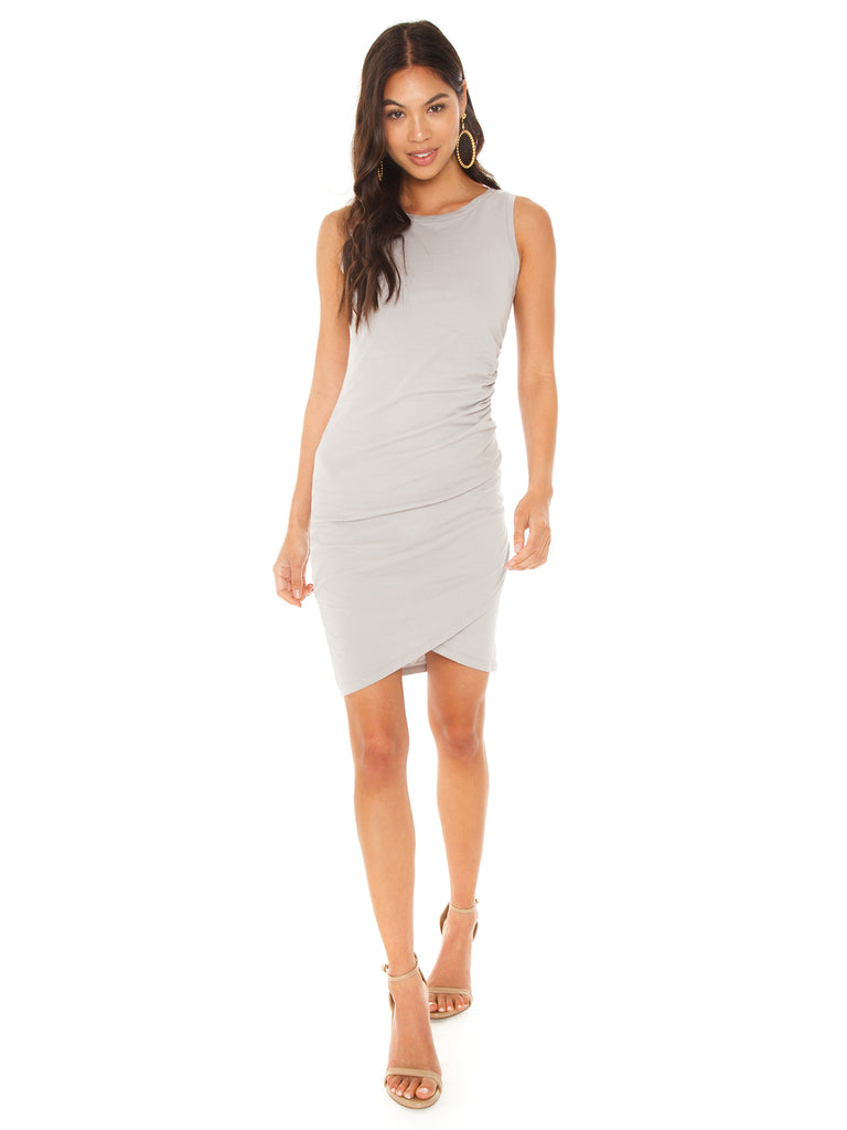 Women outfit in a dress rental from Bobi called Ruched Side Dress