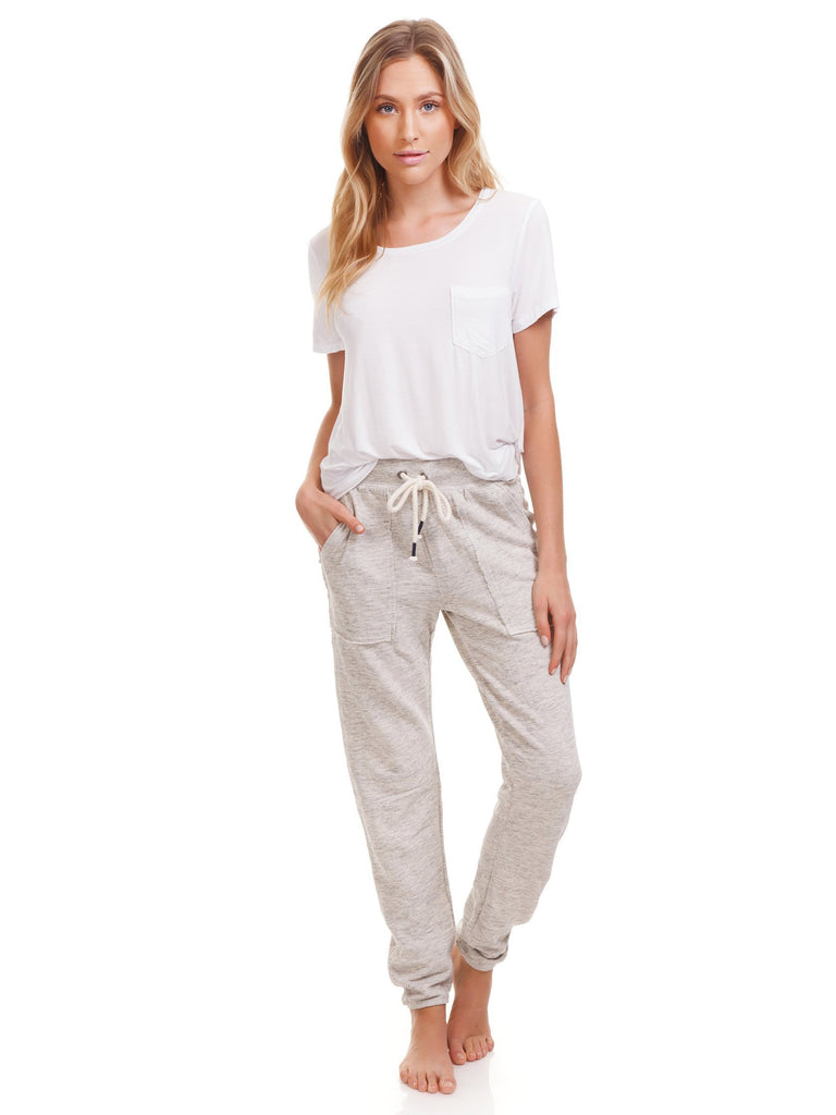 Women wearing a pants rental from Splendid called Surplus Sweatpant